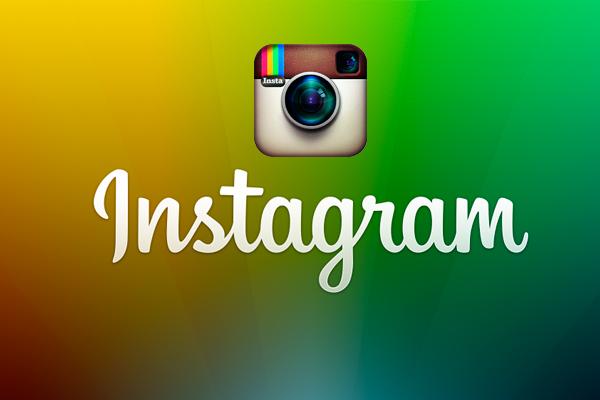 Instagram<